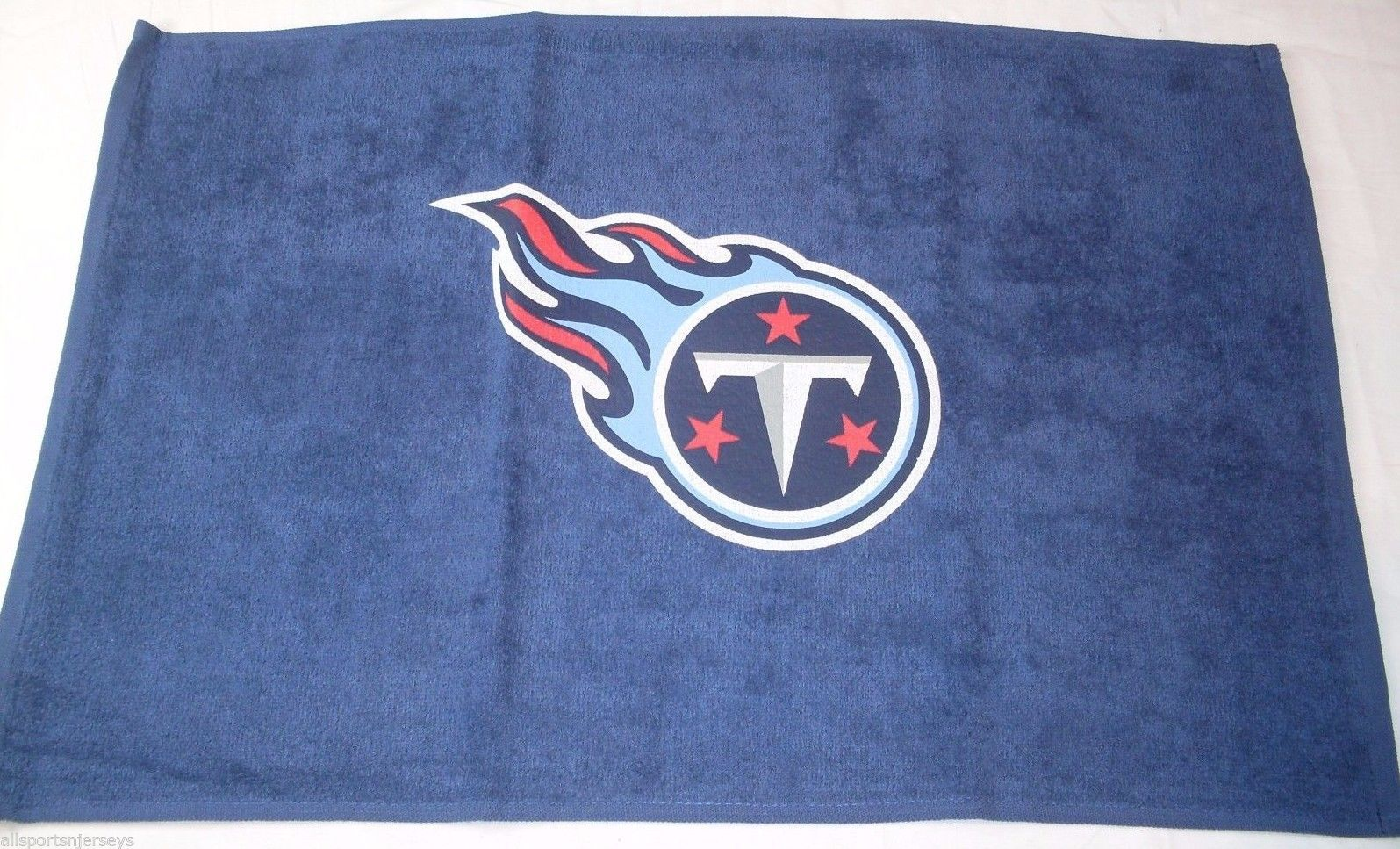 NFL NWT 15x25 SPORTS FAN TOWEL- TENNESSEE TITANS  - CENTERED LOGO ONLY - $16.95
