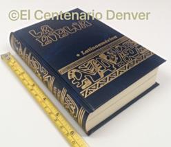 La BIBLIA LATINOAMERICA bolsillo edicion Pastoral AZUL Latinoamericana Catolica - $13.81