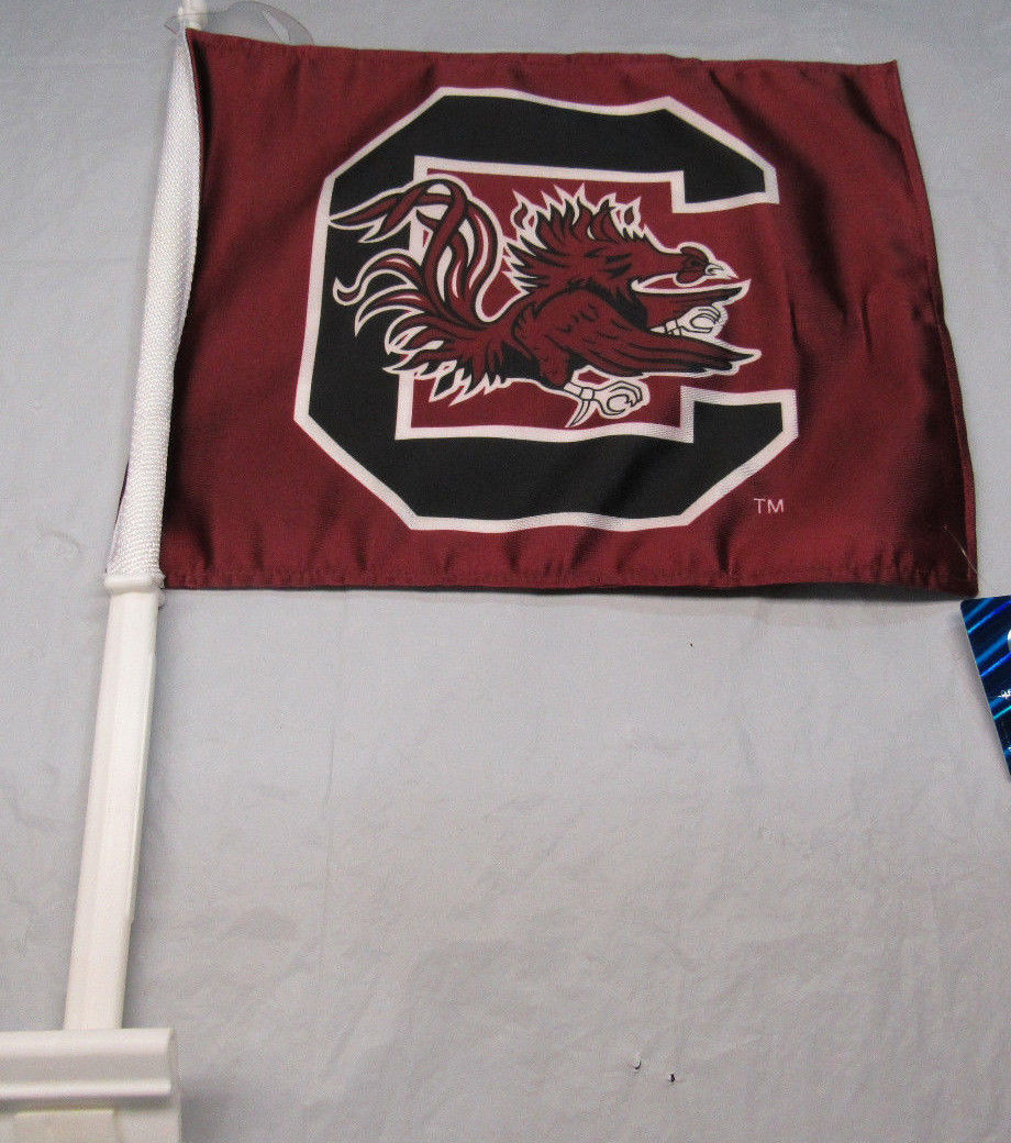 b2fd33f1447b7 NCAA NWT CAR WINDOW FLAG - SOUTH CAROLINA GAMECOCKS - CURRENT LOGO