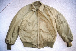 US AIR FORCE JACKET COLD WEATHER - MEDIUM REGULAR - $29.70