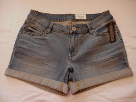 Women's Juniors a.n.a.  Denim Roll Cuff Shorts Tinted Sky Size 28/6  NEW  - $24.74