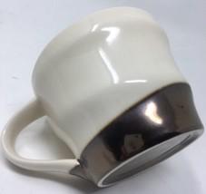 Starbucks 2013 Cream With Bronze Metallic Swirl Band 12 oz Coffee Cup Mug - $12.19
