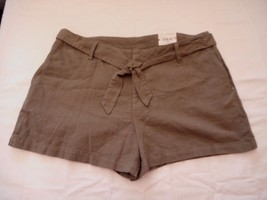 Women's Misses a.n.a. Tape Belted Twill Shorts Green Stone Size 31/12 NEW  - $21.77