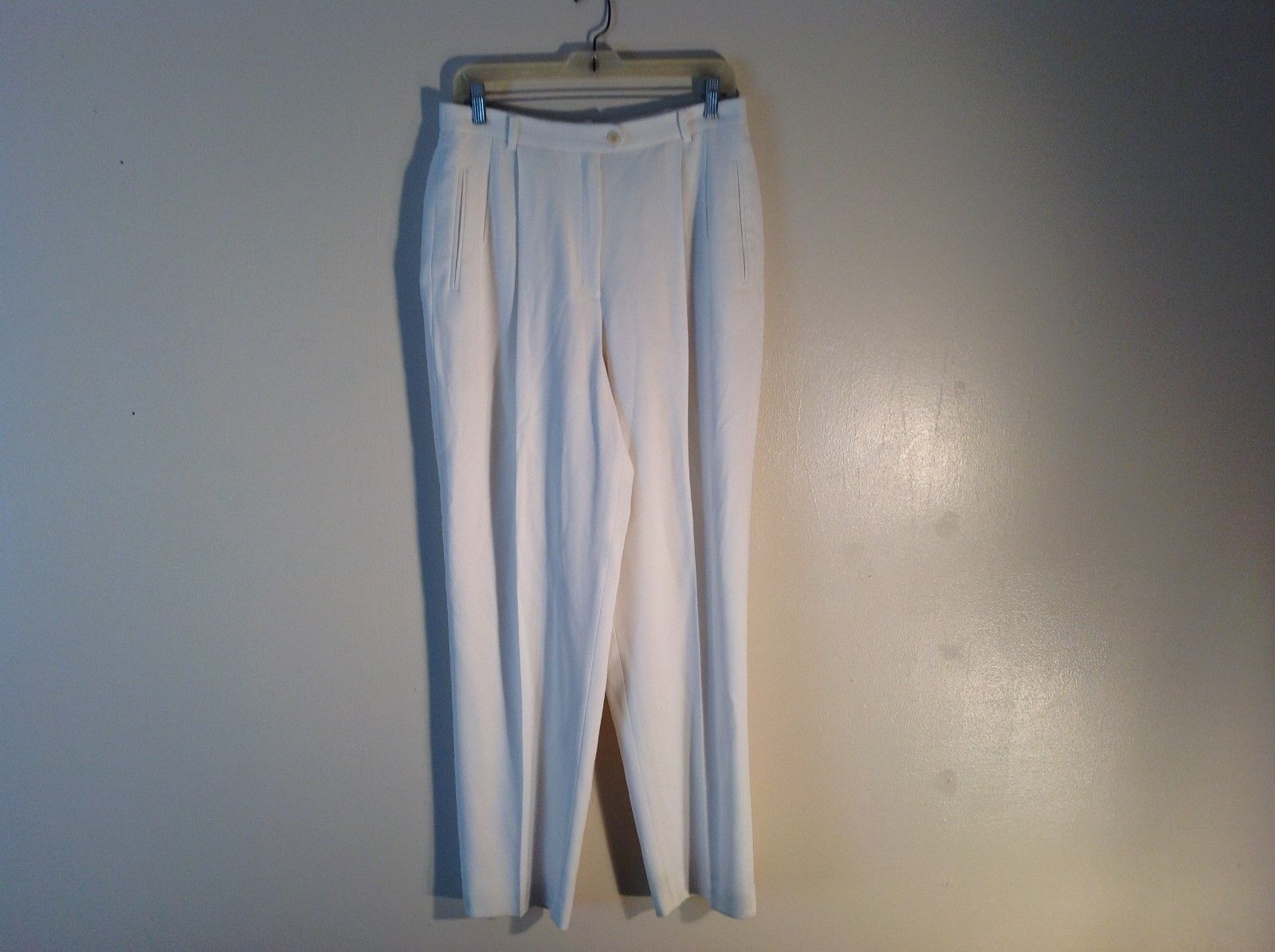 Liz Claiborne Classic  Loose Baggy Stylish White Dress Pants