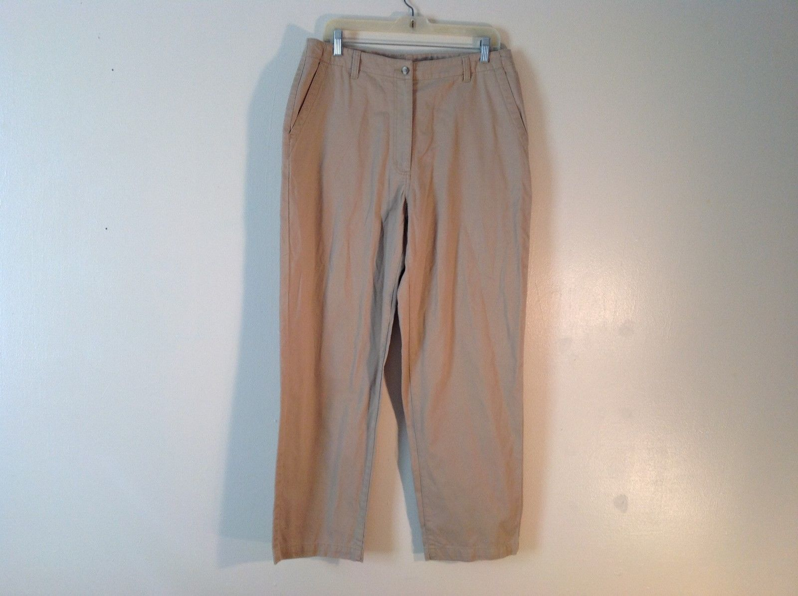 Women's L.L. Bean 100% Cotton Sand Colored Khakis Size 14Reg