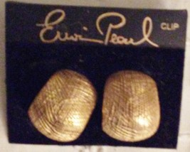 Erwin Pearl Etched Huggie Earrings NOC Clip-ons - $34.95