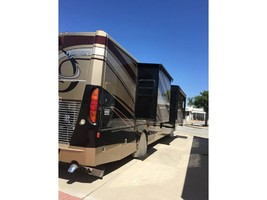 2013 Fleetwood DISCOVERY 40E For Sale In HEMET, CA 92545 image 2