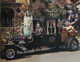 Munsters Car Cast Fred Gwynne CTK Vintage 11X14 Color TV Memorabilia Photo - $13.95