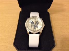 New Game Time NY Yankees Glitz Women's Watch White Band Crystals Around Face