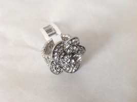 "NEW Silver Toned Flower Ring Many Swarovski Elements Elastic Band 1"" Diameter"