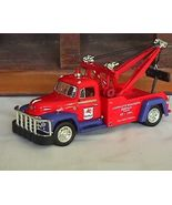 Mobilgas Wrecker  1955 Diamond T Diecast By First Gear  - $34.95
