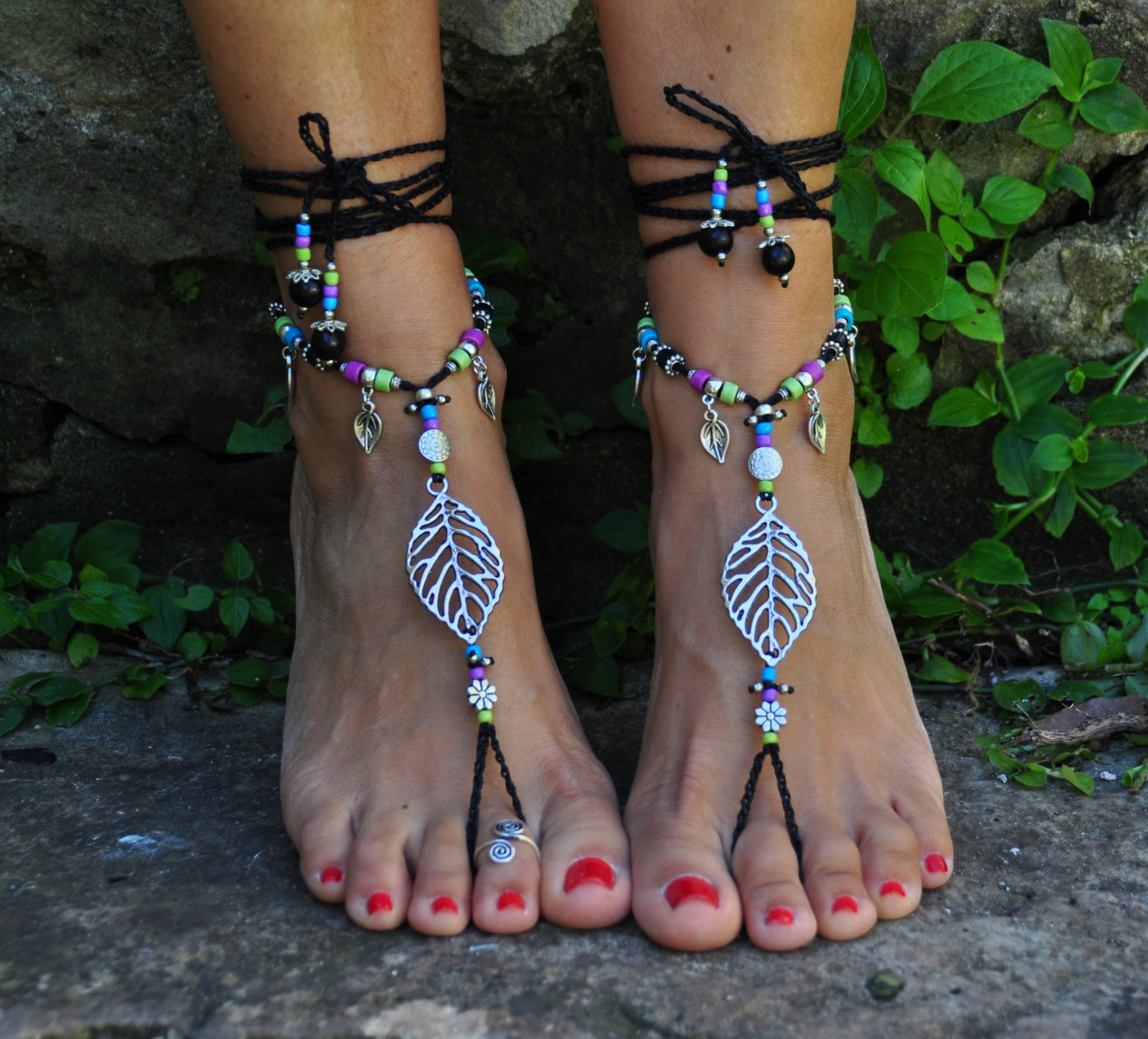 Spring LEAF BAREFOOT SANDALS black Foot Jewelry Hippie Sandals Toe Ring Anklet C