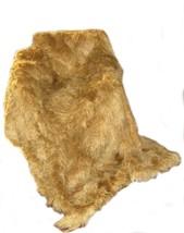 Alpakaandmore Suri Babyalpaca Fur Rug Handmade in Peru Light Brown (6'90 x 5'60) - $1,529.55