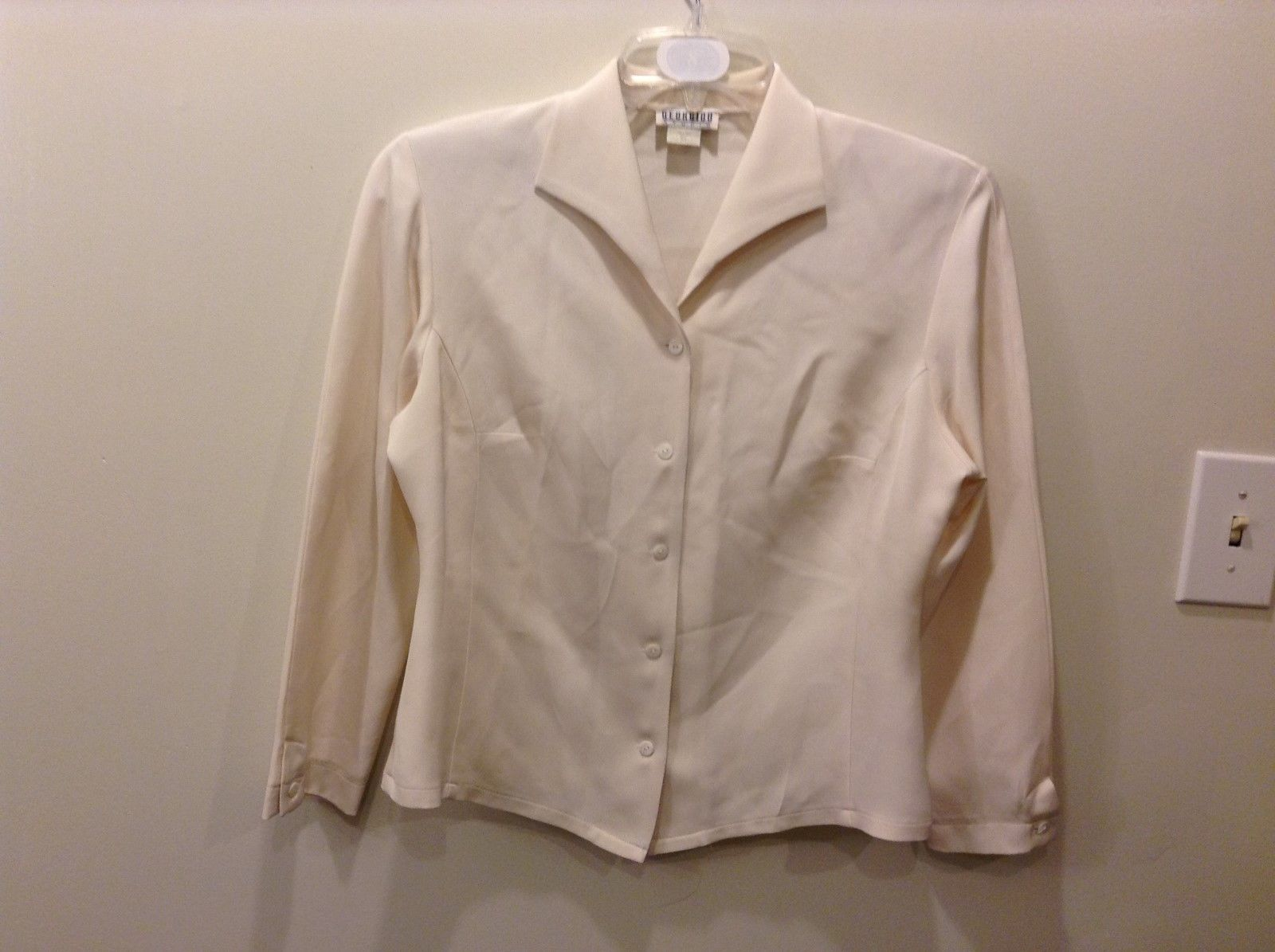GEORGIOU STUDIO Off White Cream Button Down Blouse Size 10 100% Silk