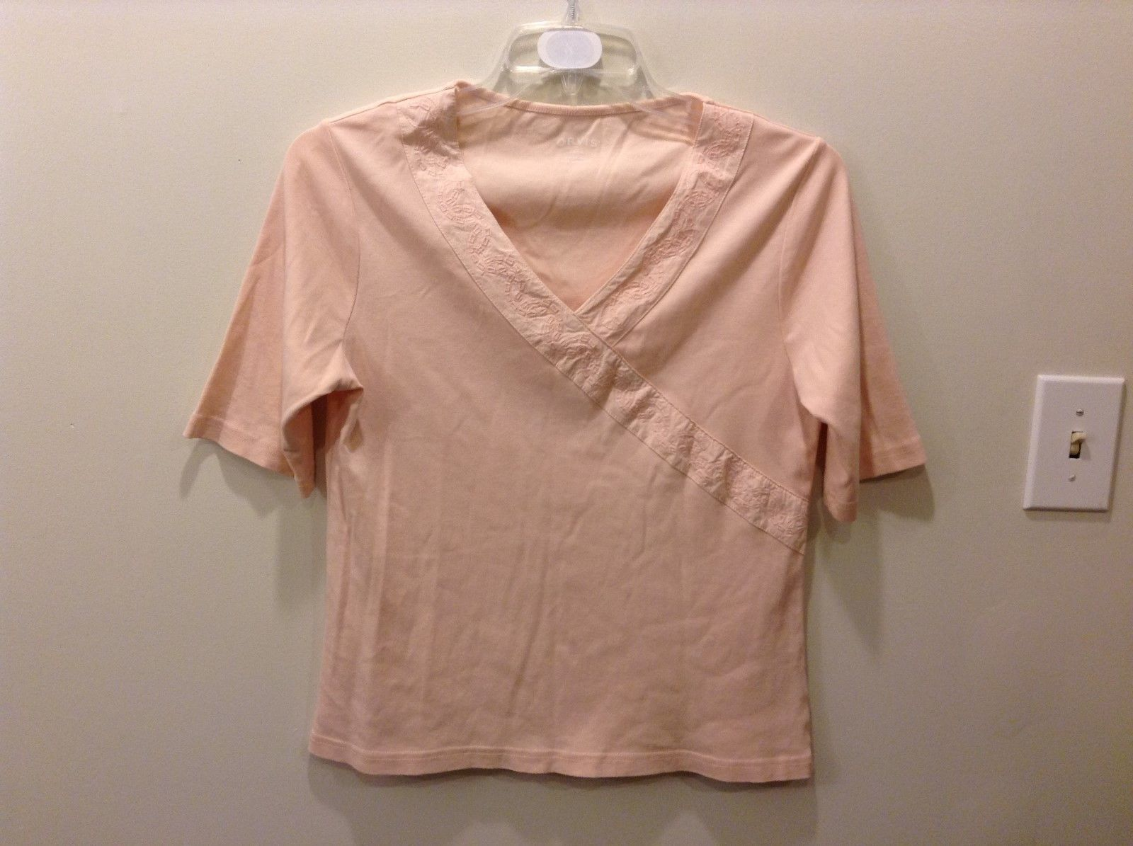 Orvis 100% Cotton Light Pink/Peach Embroidered Short Sleeve Top Size Small