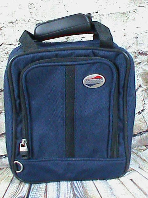 American Tourister Travel Bathroom/Carry On Bag