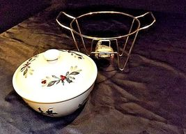 Covered Dish with Rack and warmer AA18-1358 Vintage image 5