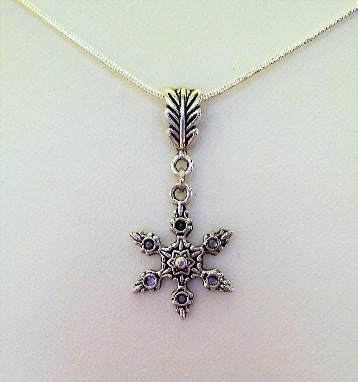 Simple Single Snowflake Charm Necklace 22 Inches Long