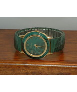 Pre-Owned Women's Ronica Green & Gold Dress Fashion Watch - $12.87