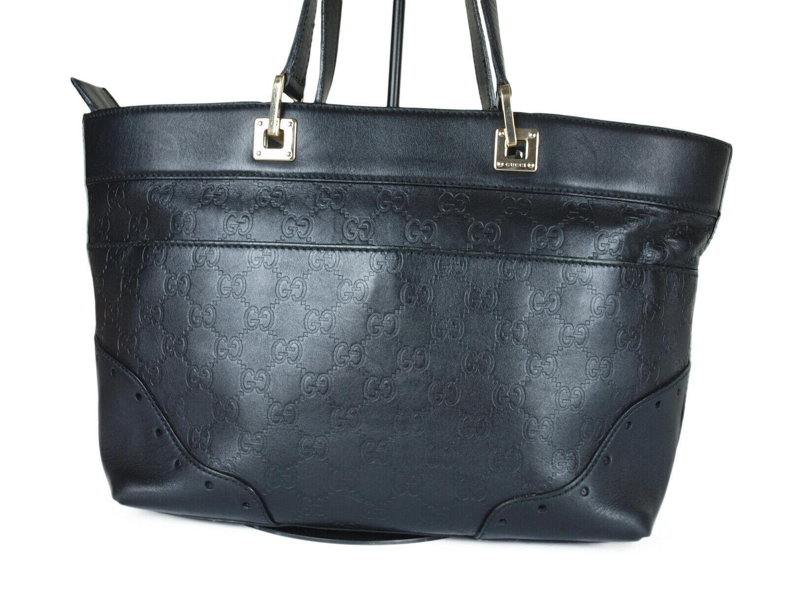 GUCCI Guccissima Leather Black Shoulder Bag GS2259