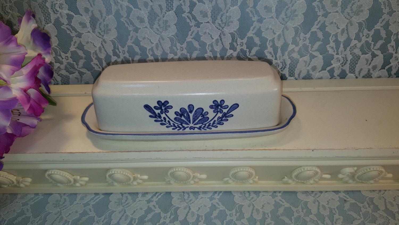 Pfaltzgraff Blue Yorktowne Oblong Covered Butter Dish, 1/4 Pound, 1960s Vintage  - $28.99