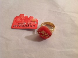 NEW Geranium Gold Toned Ring With Grapefruit Colored Stone Adjustable 7 + Size image 2