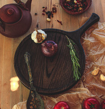 Round Serving And Cutting board With Long Handle made from Oak - $69.00