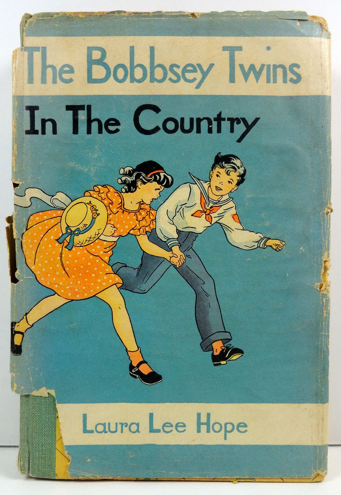 Bobbsey Twins in the Country Laura Lee Hope Goldsmith HC/DJ