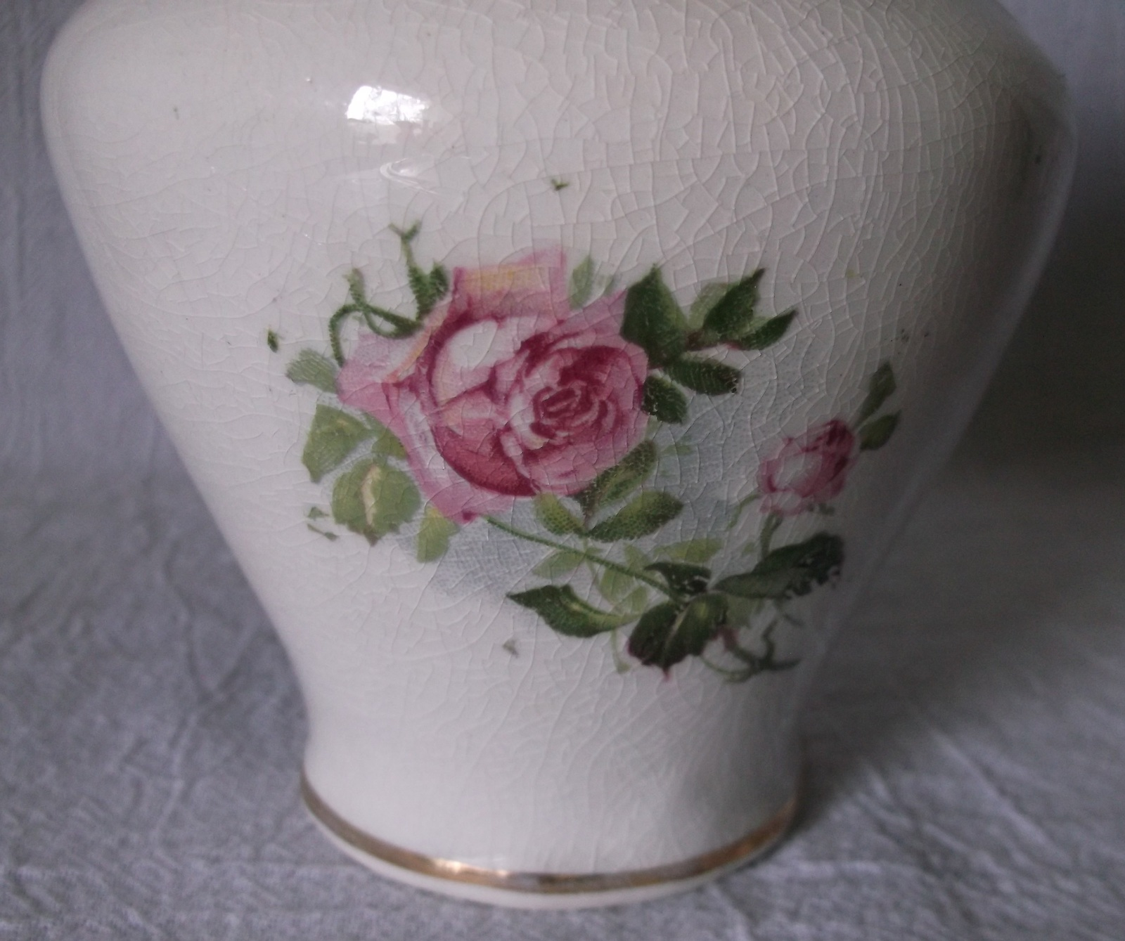 vintage pottery ceramic vase embossed roses transferware. Black Bedroom Furniture Sets. Home Design Ideas