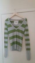 Abercrombie Fitch Women Top Pullover Size Medium - $8.42