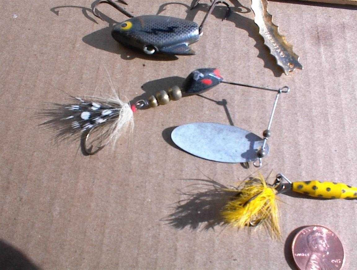 "VMC Rattle Spoon 1 1//2/"" 1//4 oz RTS14-GSH Gold Shiner Ice Fishing Lure"