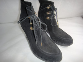 C Wonder Tory Burch Black Wedge Bootie Boots 6M Black  Velvet outside `&... - $121.54