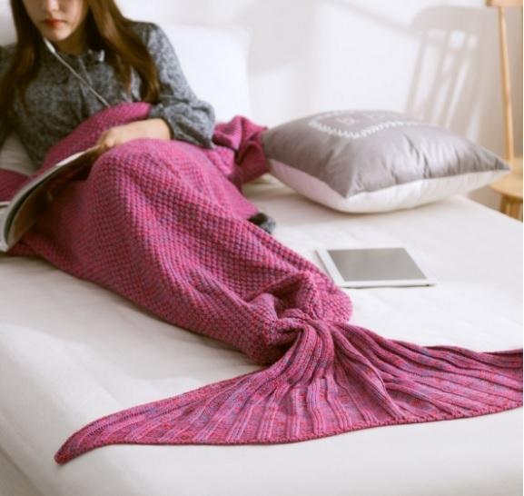 Knitting Pattern For Child s Mermaid Blanket : Mermaid Blanket Pattern Crochet Knitted Mermaid Tail Blanket Adult Child Bed ...