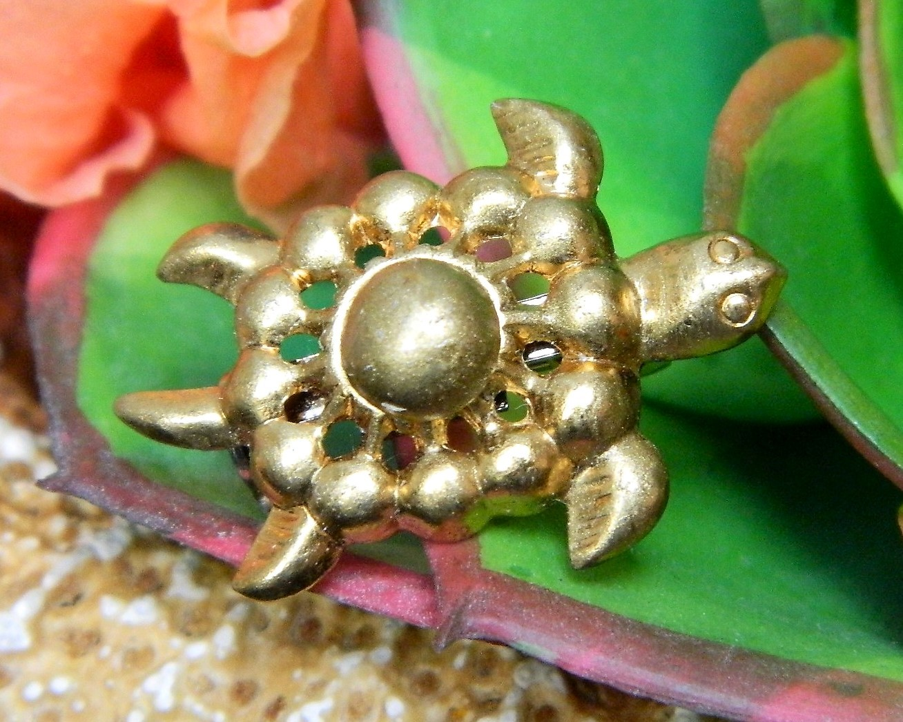 Primary image for Vintage Sea Turtle Tortoise Flippers Tiny Figural Brooch Pin Gold Tone