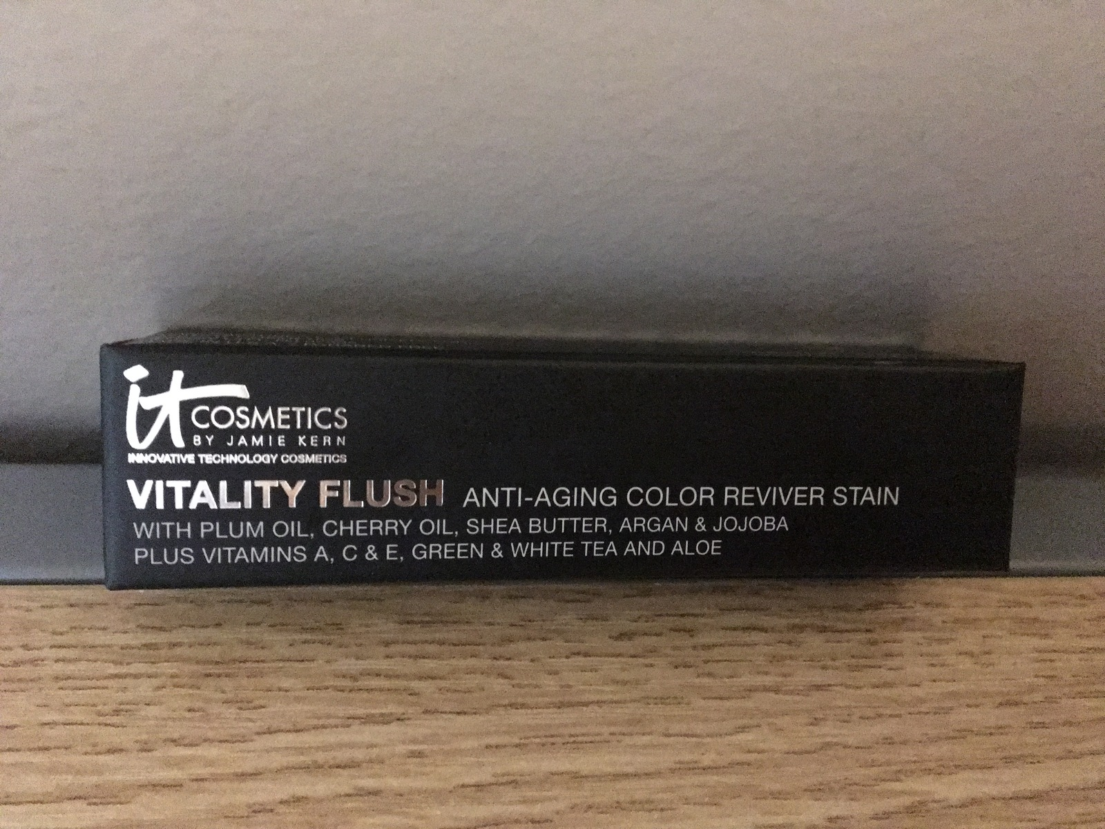 Primary image for IT Cosmetics Vitality Flush Color Reviver Stain Retail $29.00 ROSE FLUSH