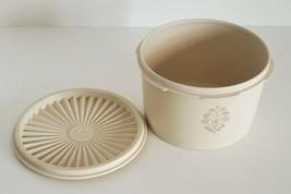 Vintage Tupperware Canister Almond #1298 4C Capacity & #810 Lid Diameter - $8.50