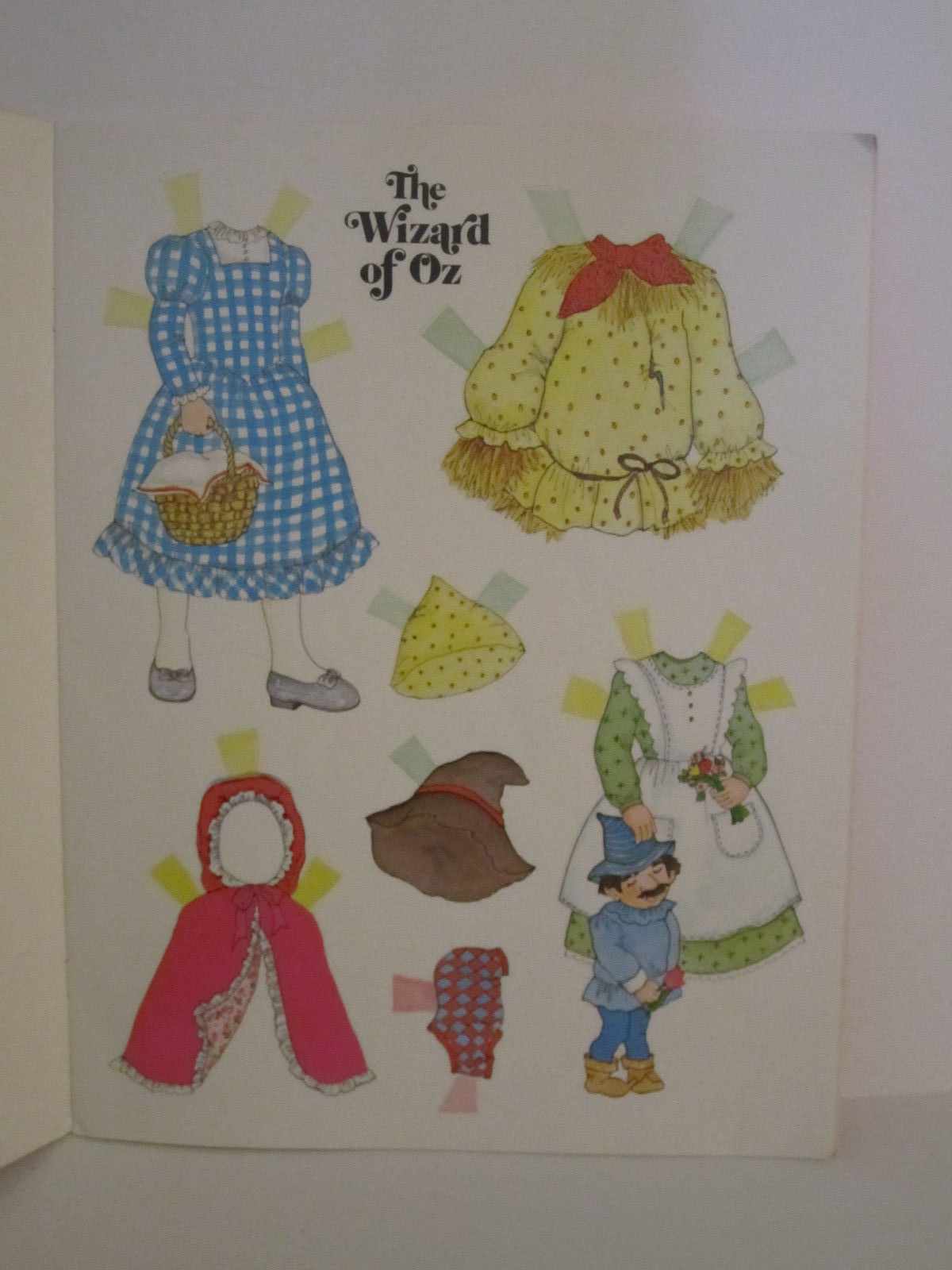Whitman Wizard of OZ PaperDolls Vintage 1976 Paper Doll #1987 image 7