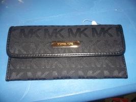 Michael Kors Austin Flat Continental Wallet Black $98 - $40.00