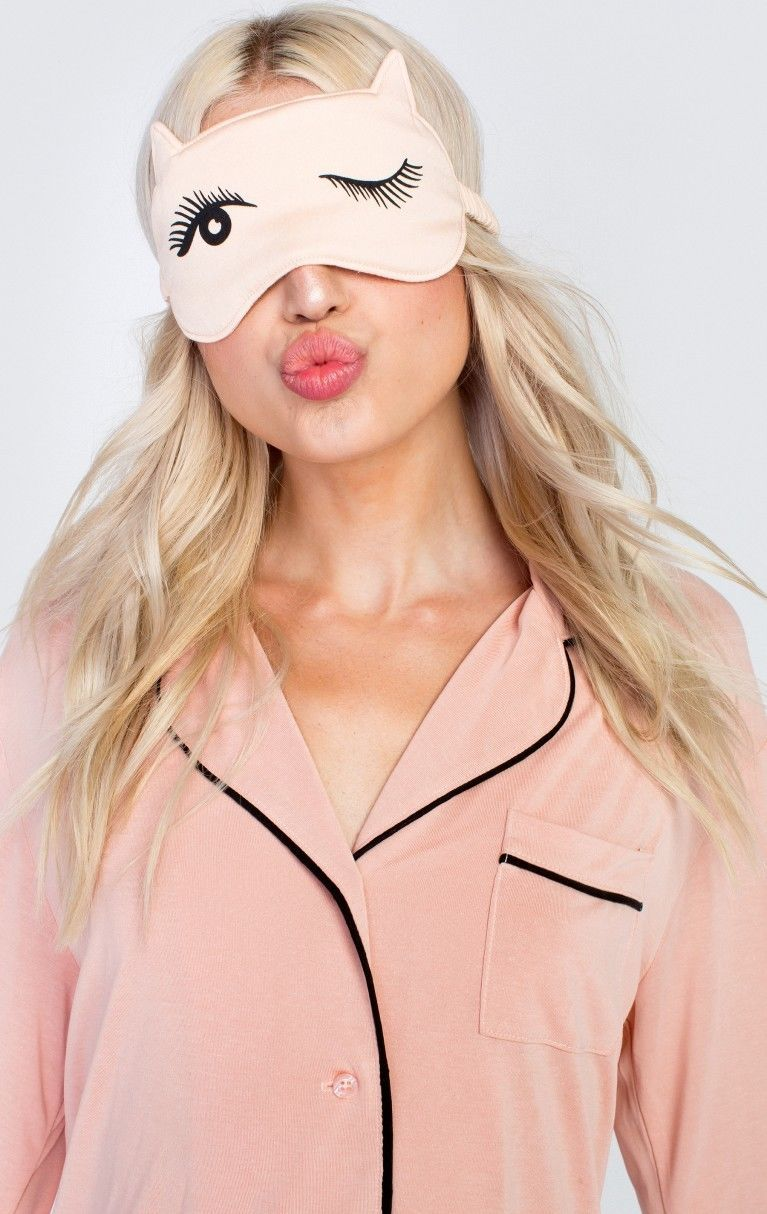 NIB Wildfox Couture Beauty Sleep Kintten Nap Eye Mask in Bellini