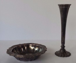 Avon Silverplate Trinket Caddy Dish Bowl and Bud Vase Italy HMC - $14.84