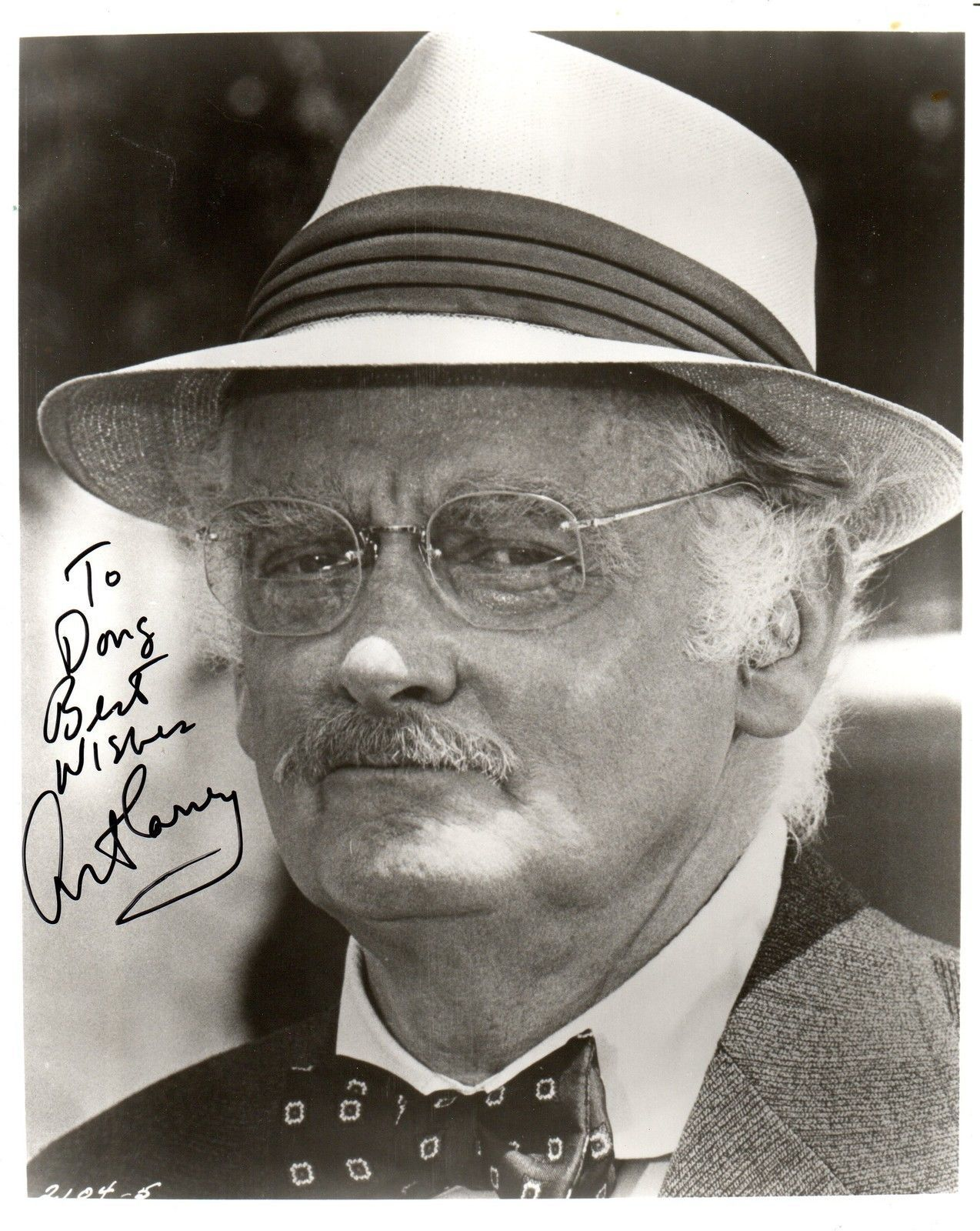 ART CARNEY, star of the Honeymooners, Signed 8x10 photograph, nice autograph