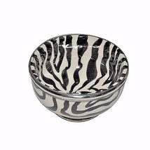 Moroccan Ceramic Zebra Striped Dessert Bowl with Silver Metal Trim - $338,64 MXN