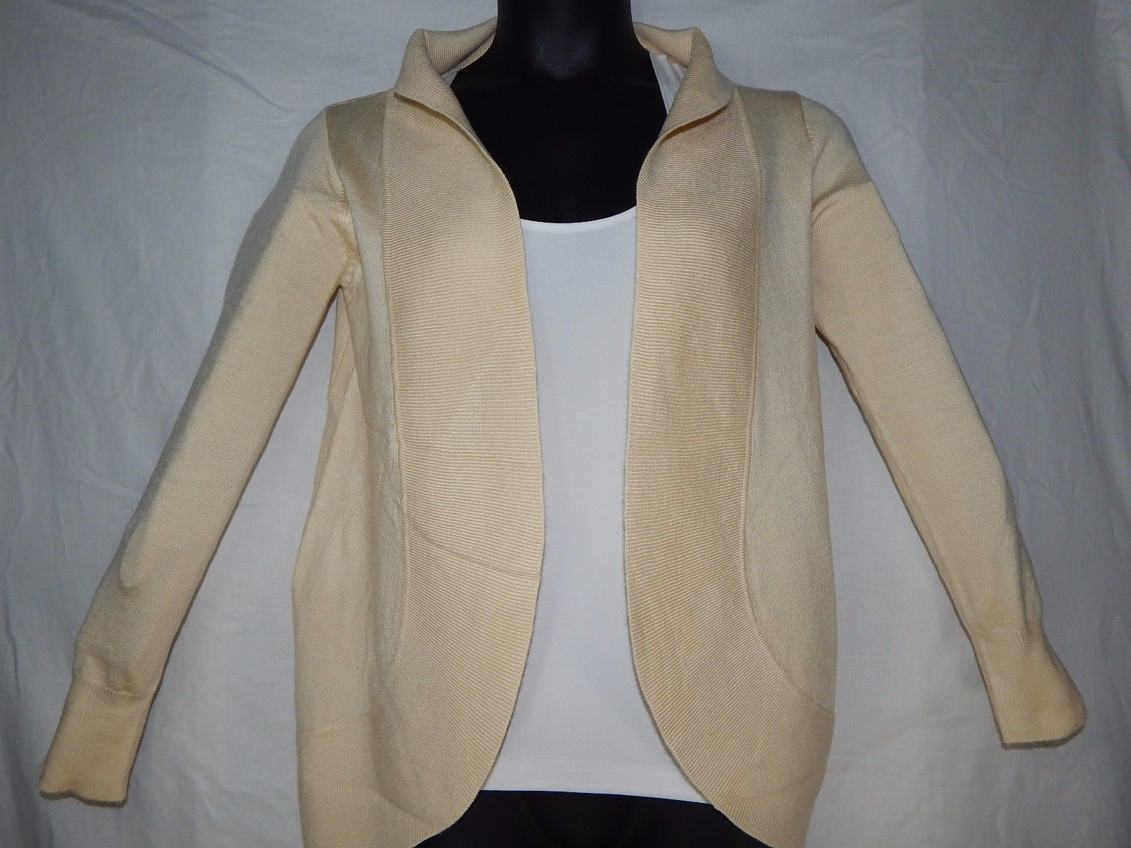 Wear Freedom Small Cardigan Sweater Beige Long Sleeve