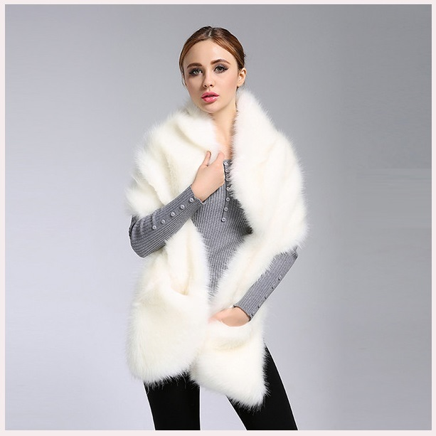 Ivory Faux Fur Mink Stole Collared Cape Wrap With Front Pockets