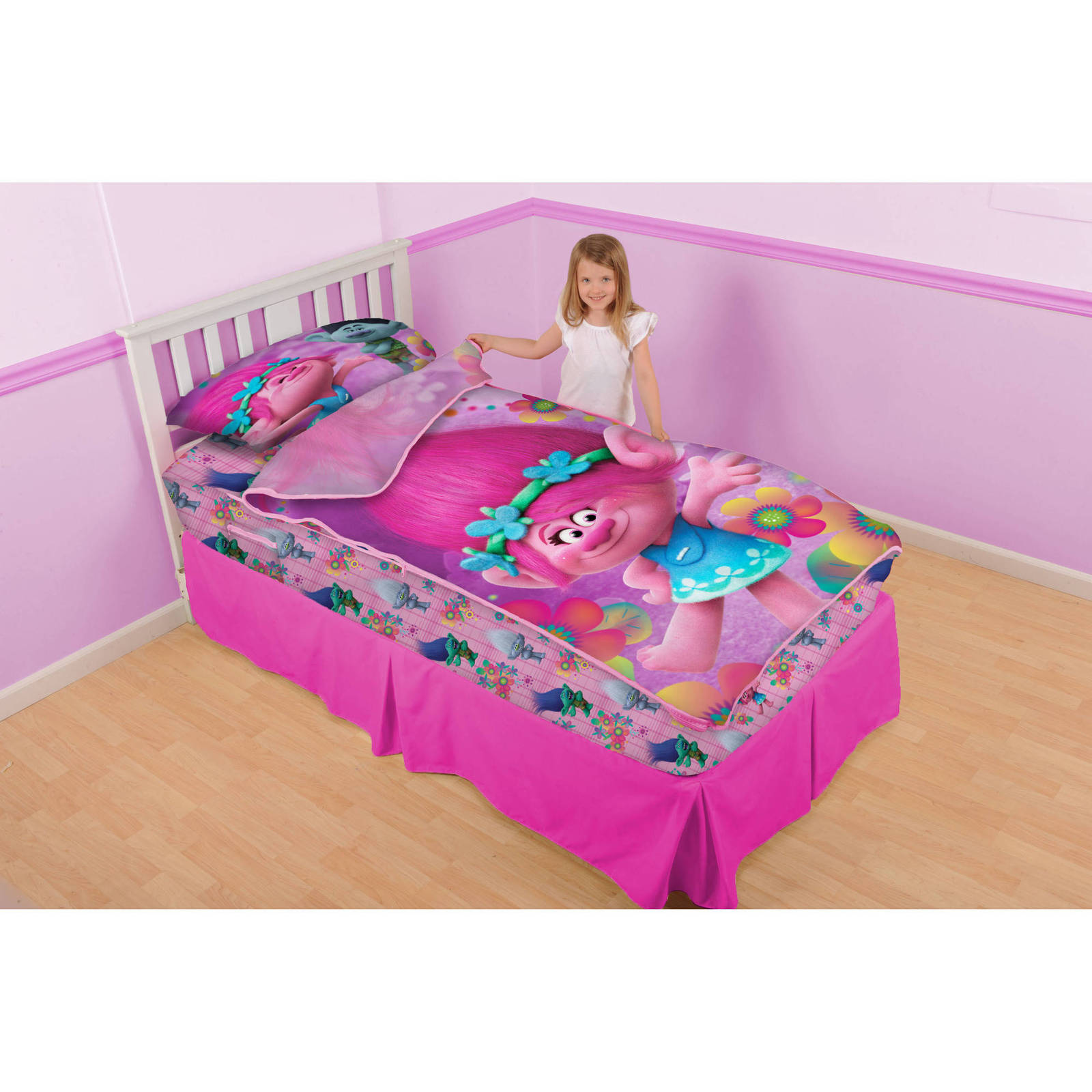 Trolls Poppy And Petals Zip It Bedding Set With Pillowcase