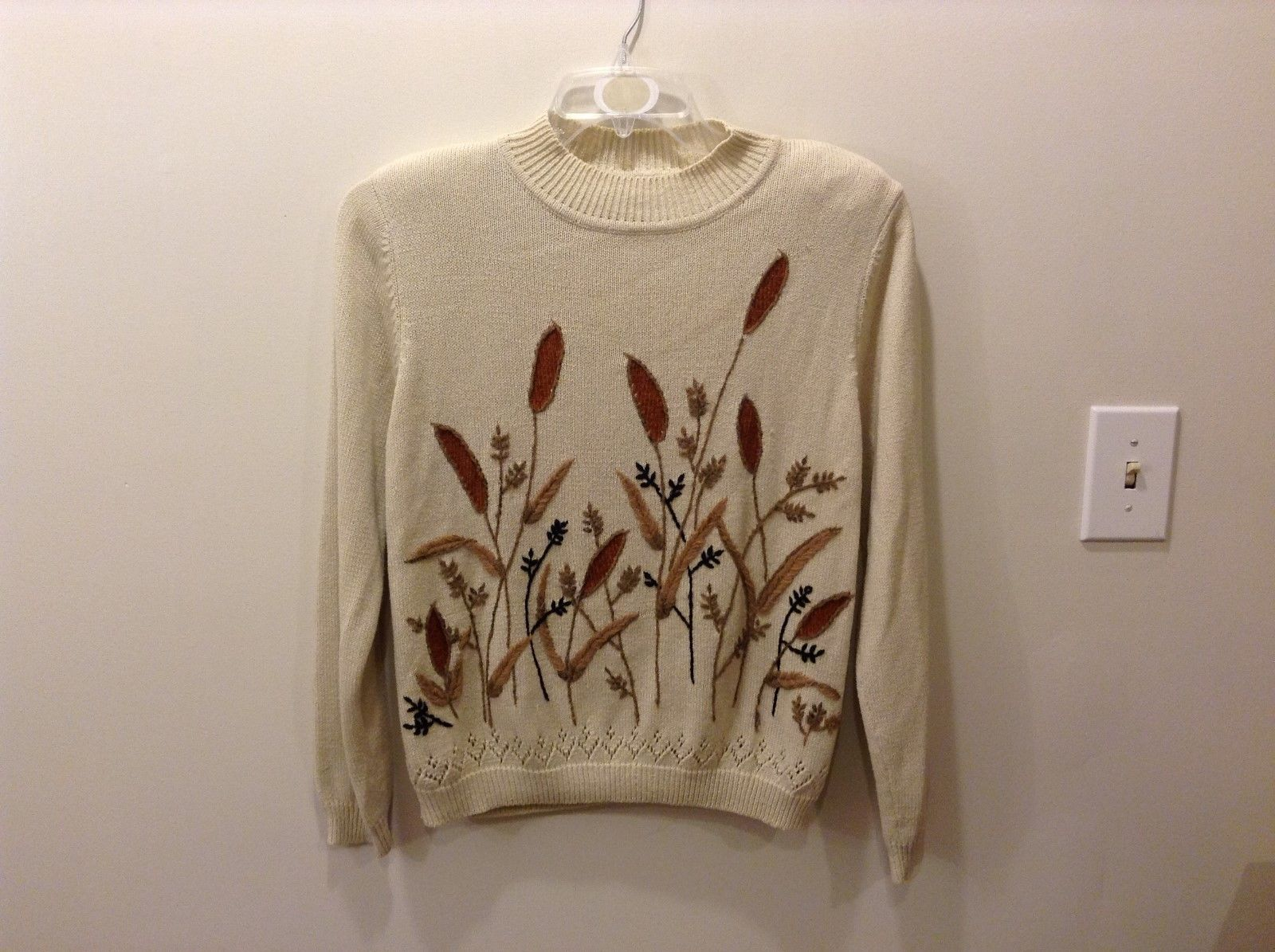 Alfred Dunner Light Tan Earthy Sweater Size Petite Medium