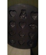 WILTON 12 CAVITY NON STICK PAN SWEETHEART COOKIES VALENTINES DAY LOVE  - $12.20
