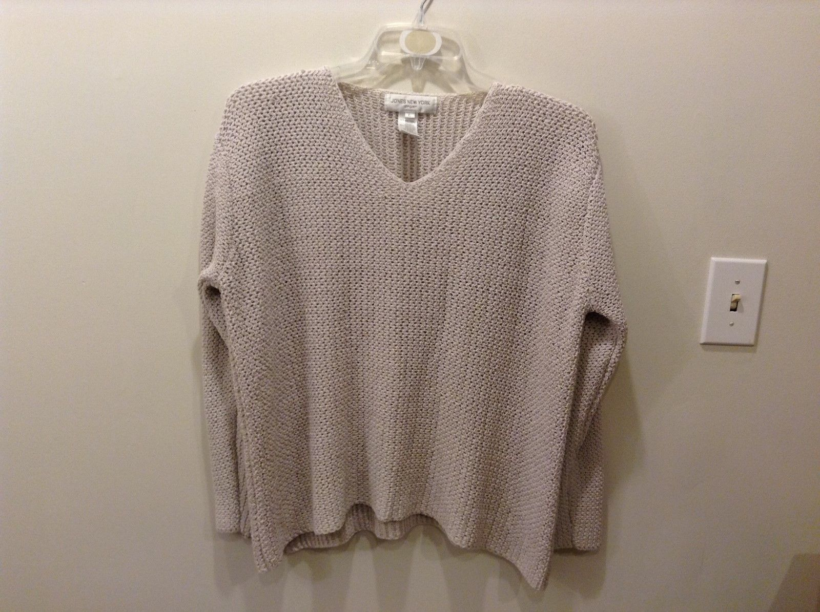 Jones New York Sport Large Off White Knit Sweater