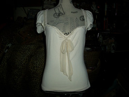 Diane Von Furstenberg Lovely Antique Cream Blouse Size M - $16.83