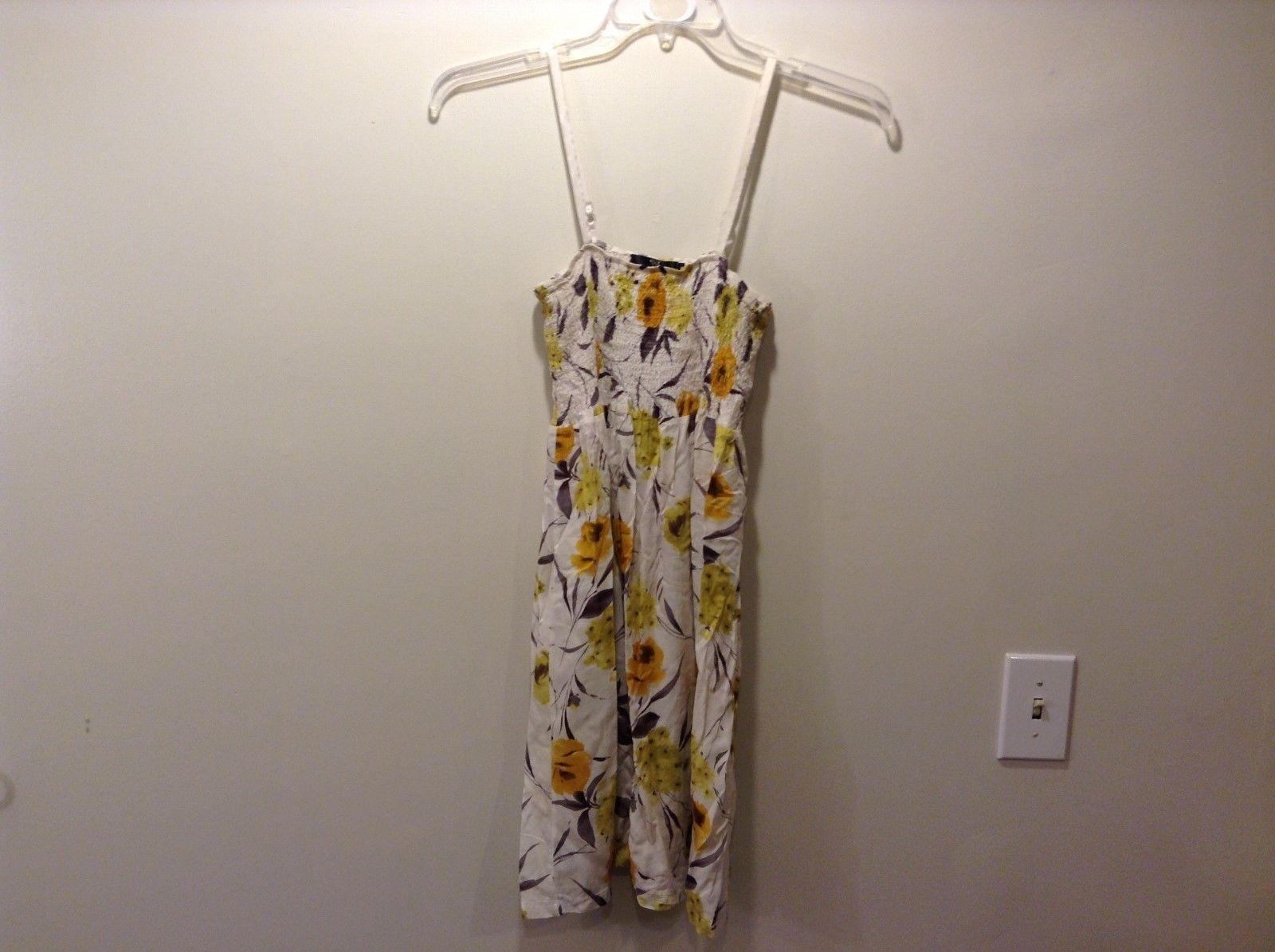 Treasure Rock 100% Cotton White Floral Spring Dress Size Medium